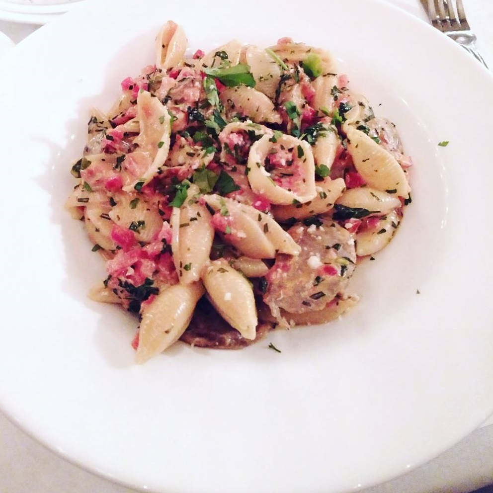 Va Bene Instagram Photo: @foodandforkmn Always <3 Va Bene! #VaBene #VaBeneDuluth #visitduluth #pasta #noodles #mnfoodie #foodandforkmn #northshoreeats #northshore #lakesuperior #lakeside #downtownduluth #bread #foccacia #oliveoil #balsalmic #sanpelligrino