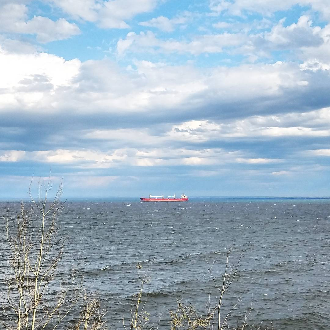 Va Bene Instagram Photo: @vabenecaffe As the sun was setting over the hill, it lit up the ship out there. It was glowing. And also, the clouds are amazing #lakesuperior #lakewalk #shippingseason #naturalbeauty